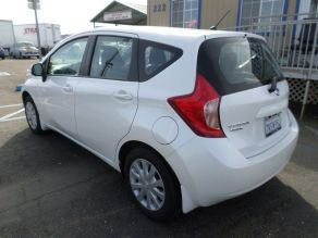 2014 Nissan Versa Note S Plus Hatchback Photo 3