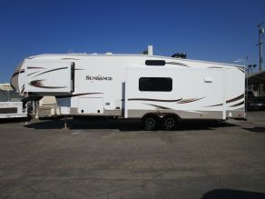 2015 Heartland Sundance 3310MKS 5th Wheel  37'