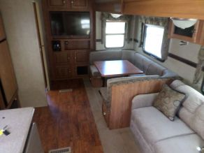 2016 Forest River Rockwood Signature Ultra Lite Bunk House 5th Wheel Photo 3