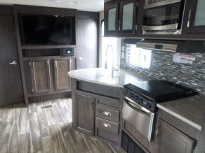 2017 Forest River EVO Travel Trailer T2550 Photo 6