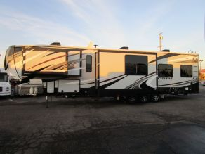 2019 Heartland Cyclone 4007 Fifth Wheel Toy Hauler
