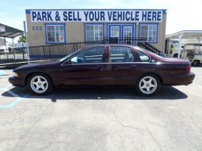 1995 Chevrolet Impala SS Photo 1