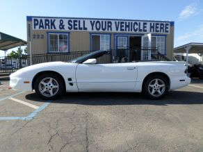 2000 Pontiac Firebird Convertible Photo 1