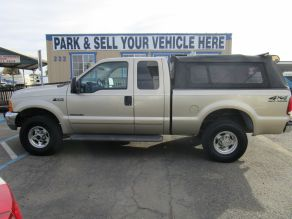 2001 Ford Supercab F-250 XLT Shortbed Photo 1