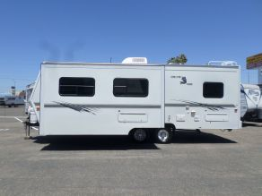 2003 Arctic Fox 26X Travel Trailer  26'