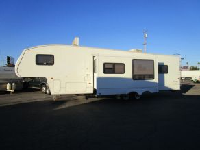 2007 Keystone Cougar 310SRX Fifth Wheel Toy Hauler