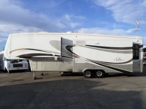 2008 Doubletree RV Mobile Suites 5th Wheel 36SB3  36'