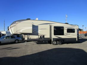 2017 Keystone Cougar 303RLS 5th Wheel
